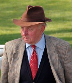 Peter Easterby at Ripon Races, Apr 2005, click for a larger image