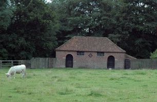 Typical stabling at Sledmere, click for a larger image